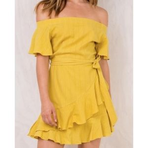 NWOT Princess Polly Yellow Off the Shoulder Dress